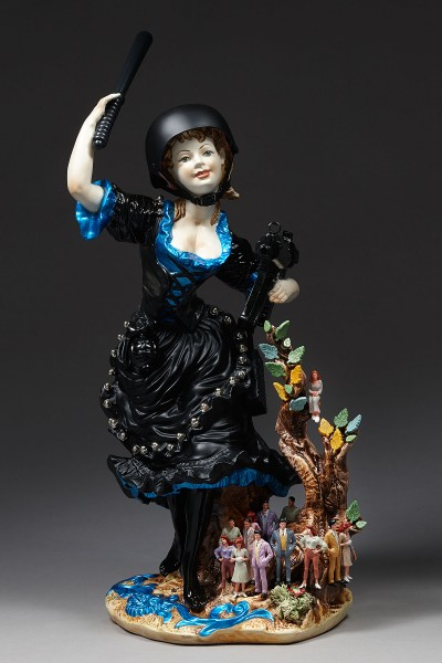 penny byrne an australian born artist a Penny byrne, artist case study penny byrne biography penny byrne is a melbourne based visual artist who uses materials such as vintage porcelain figurines and other found objects, and more recently bronze and glass to.